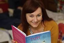 Spisovatelka Kateřina Tučková přečetla dětem pohádku.