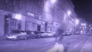 Ohňostroj muž odpálil uprostřed Cejlu, těsně před půlnocí