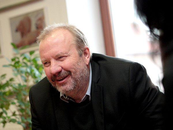 Stanislav Moša.