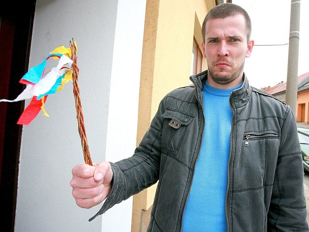 Redaktor Rovnosti Vojtěch Kučerák vyrazil na Velikonoční pondělí pro pomlázku do brněnských ulic.