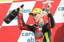 Motocyklový závodník Jakub Kornfeil se pokusí v kategorii Moto3 navázat na úspěch Lukáše Peška (na snímku) z roku 2007, který dojel třetí v kubatuře do 125 kubických centimetrů.