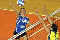 Opora KP Brno Tereza Tobiášová (v modrém) stráví příští sezonu na mateřské dovolené.