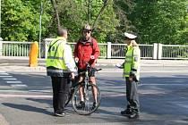 Policisté oslovili v Brně sto dvacet chodců a také dvacet cyklistů
