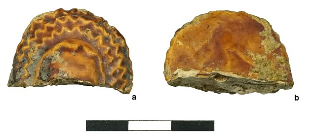 Brno - Archeologové našli při výzkumu vbrněnské Trnité ulici část takzvané panenky skruselerem ze středověku.