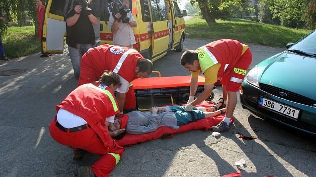 Simulovaná dopravní nehoda v Moutnicích