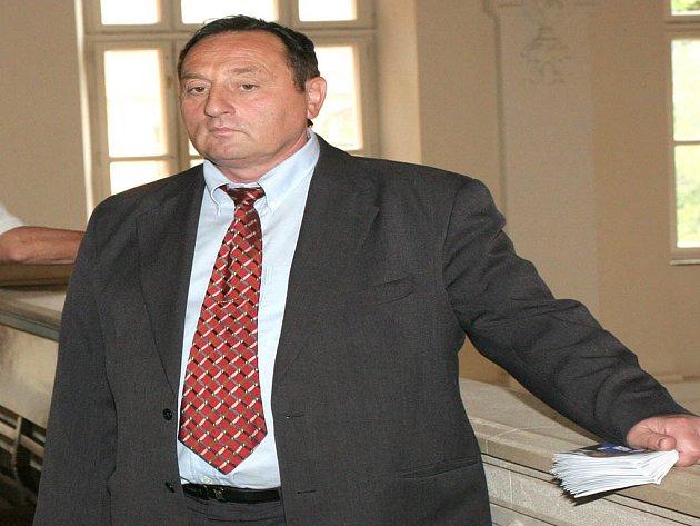 Bývalý starosta Starého Lískovce Petr Hudlík nechce předat svou funkci.