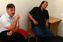 Pavel Bačovský a Petr Kolas u brněnského soudu.