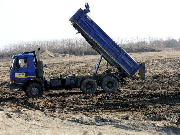 Problematická černovická pískovna. Ilustrační foto.
