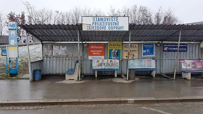 Stanoviště 48 na Ústředním autobusovém nádraží v Brně na Zvonařce