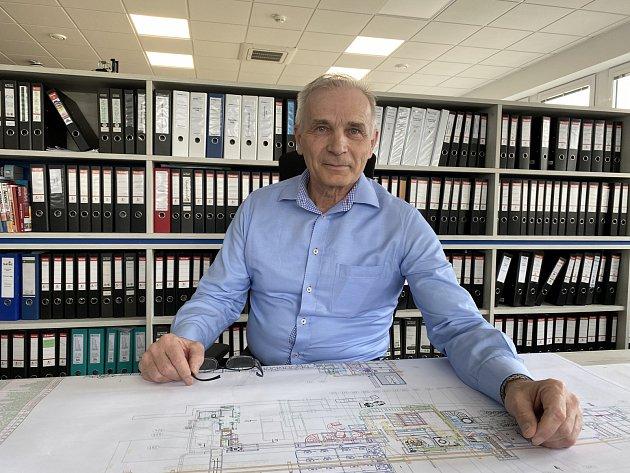 Technik Karel Nápravník se podílel na vývoji speciálního filtračního systému UTWS.