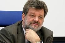 Ministr vnitra Jan Kubice jednal v Brně o propuštění hasičů a policistů.