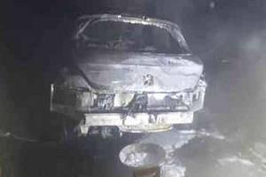 Víc než hodinu zasahovali hasiči ve středu v brněnských Řečkovicích u požáru osobního auta. To je na odpis.