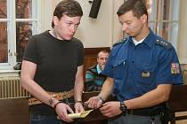 Na přepadení se devatenáctiletý Tomáš Pantůček a o dva roky starší Ivan Novotný připravovali dlouho dopředu.