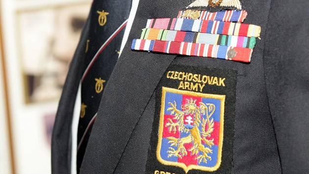 Návštěva deseti československých válečných veteránů z bitvy o Velkou Británii.