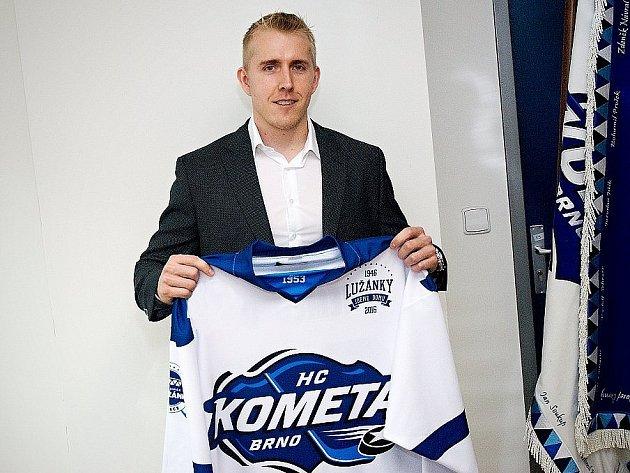 Hokejový útočník Marek Kvapil po letech znovu oblékne dres brněnské Komety.