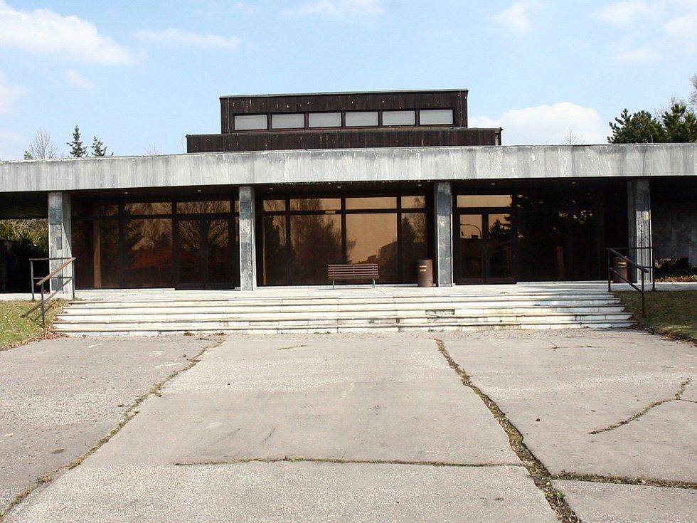 Židenická smuteční síň architekta Ivana Rullera. Ilustrační foto.