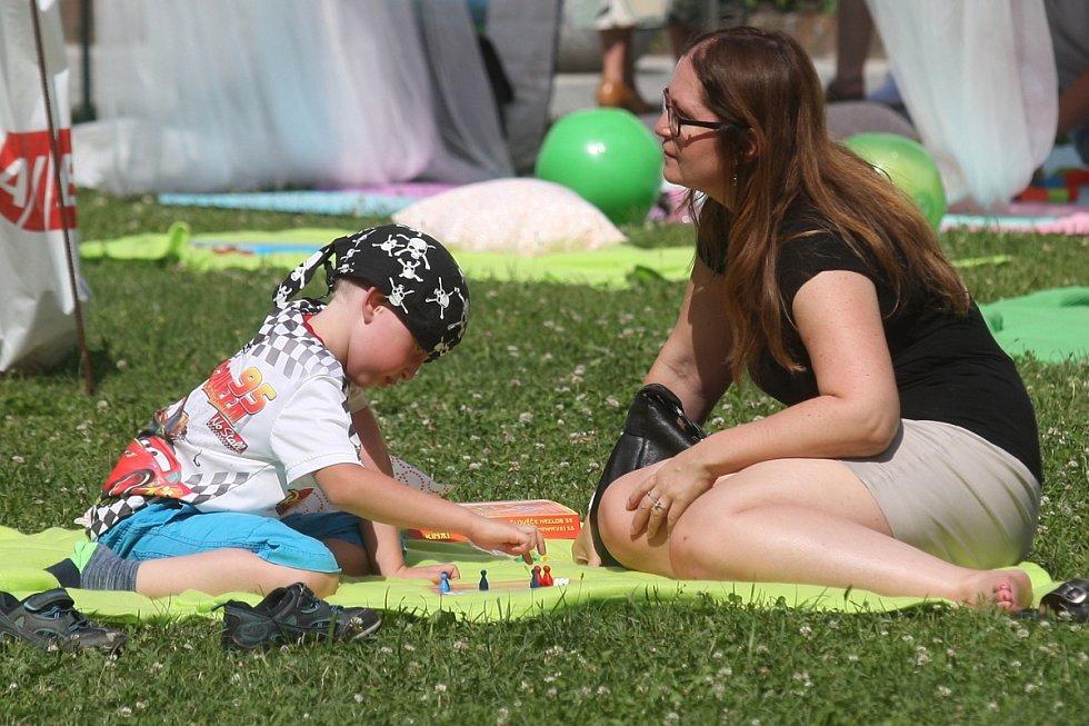 Festival Mendel knows ukázal lidem umělé pěstování rostlin i párovou gymnastiku.