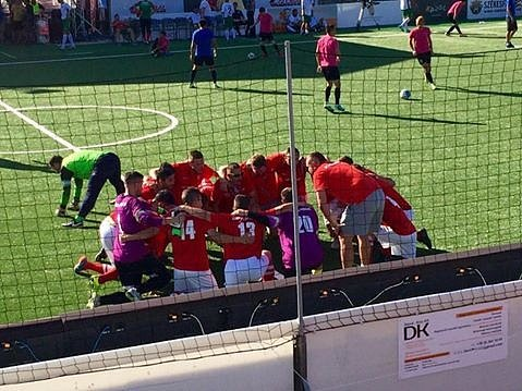 Už jen jedno vítězství dělí českou reprezentaci v malém fotbalu na mistrovství Evropy od medaile. V maďarském Székesfehérváru zvládla v pátek oba zápasy a postoupila do semifinále turnaje.