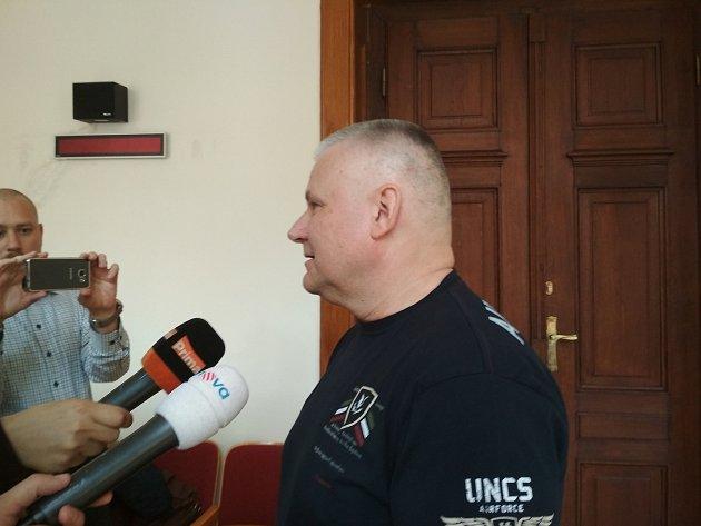 Usoudu vypovídal jako svědek Jiří Kajínek.