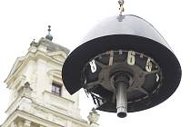 Demontáž části brněnského orloje.