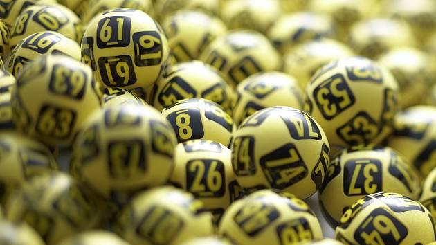Na neznámého Jihomoravana se usmálo štěstí, vyhrál v loterii měsíční rentu, ilustrační foto