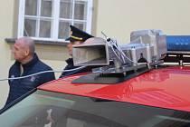 Město Brno pořídilo osmasedmdesát nových mobilních sirén, které předalo třem městským částem, kde je využijí dobrovolní hasiči.
