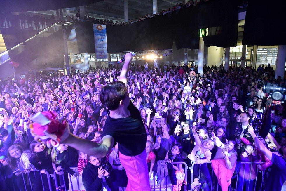 Festivalu sportu, tance a zábavy Life!