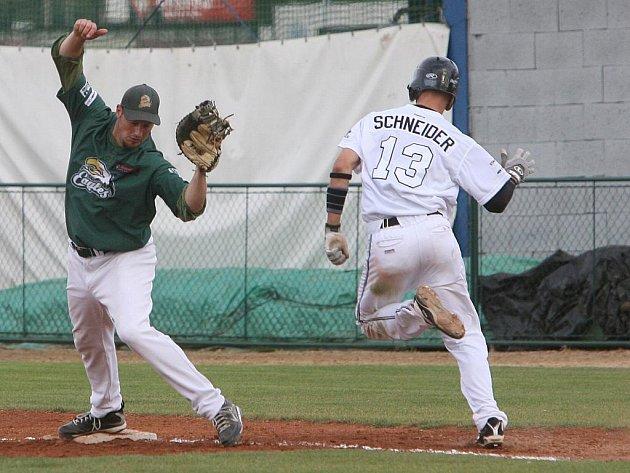 Basebalista Schneider.