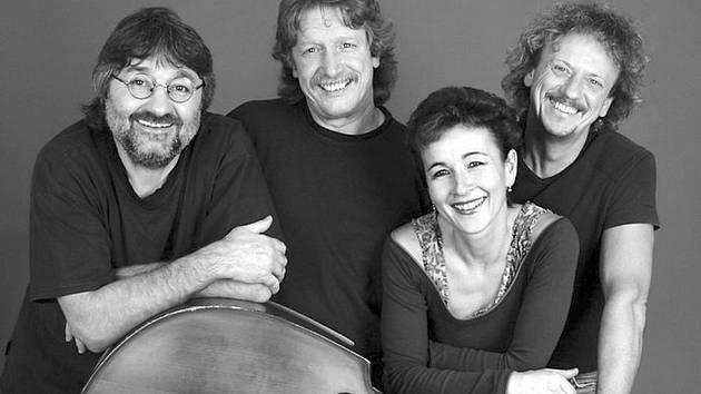 Folková skupina Nezmaři v Rubínu pokřtí své nové album
