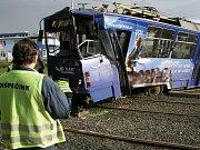 Srážka tramvají před vozovnou Medlánky.