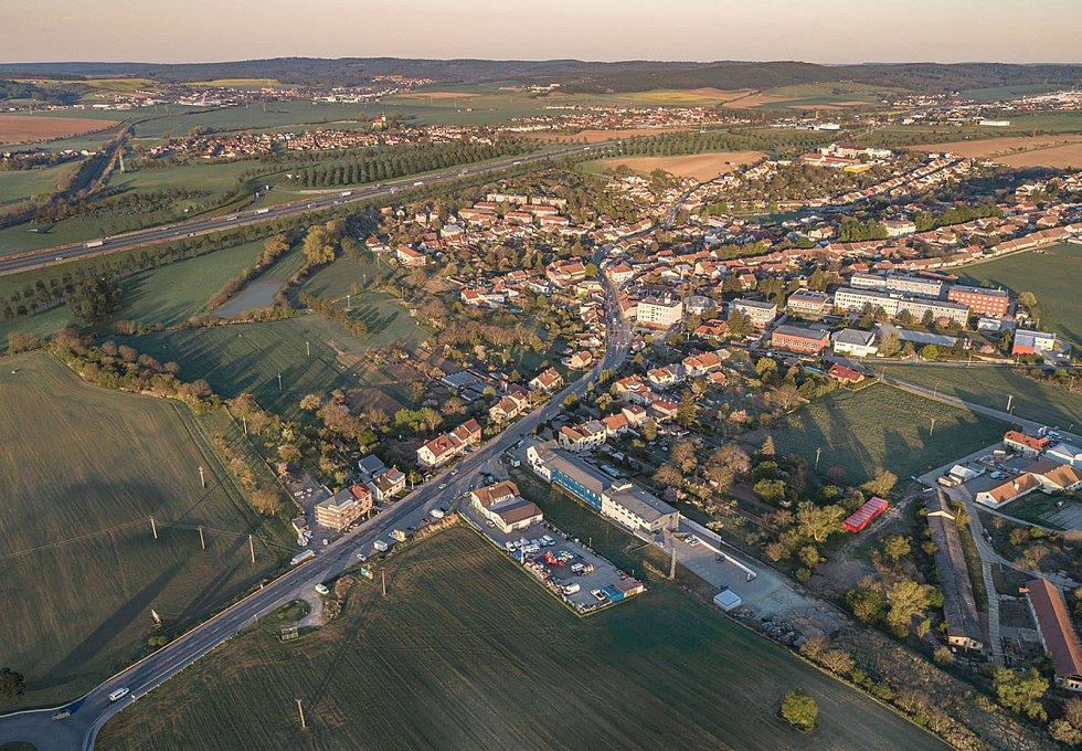 Letecký pohled na Bosonohy na vizualizaci firmy knesl kynčl architekti a Projektová kancelář Ossendorf.