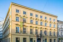 Oblíbenou detektivku nebo román si mohou vypůjčit důchodci v brněnském Komíně díky nové službě. Knížku si objednají mailem nebo telefonicky v místní pobočce Knihovny Jiřího Mahena.