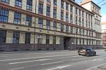 Obchodní akademie v Kotlářské ulici.