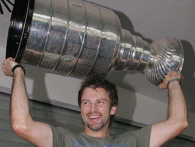 Petr Sýkora ukázal Brňanům Stanley Cup.