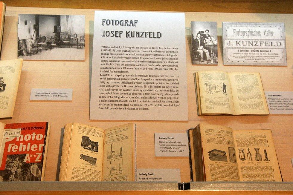 Muzeum Brněnska v prostoru Löw-Beerovy vily zahájilo výstavu představující zajímavá brněnská místa před sto lety a v současnosti. Prohlídku návštěvníkům zpestří soutěž.