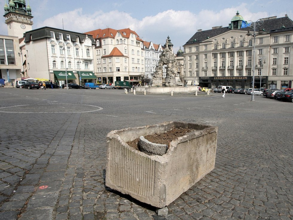 Na brněnském Zelném trhu začínají opravy náměstí.