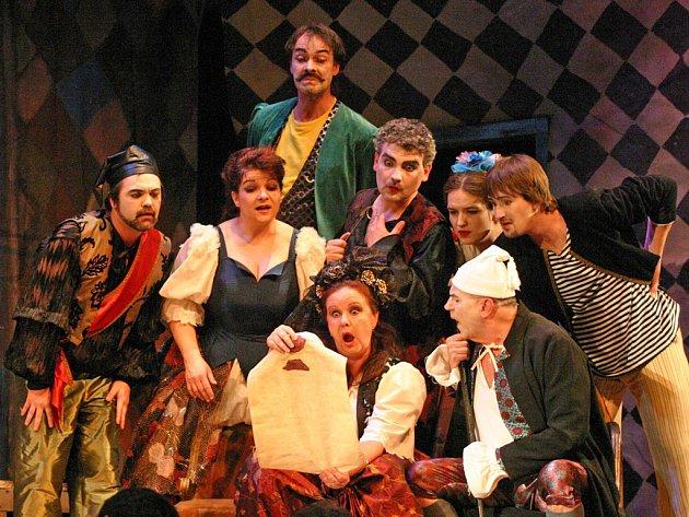 První v opeře. Inscenace Gianni Schicchi / Komedianti v režii Ondřeje Havelky si získala u diváků největší oblibu. Druhé místo patří opeře Nabucco, třetí je Prodaná nevěsta.