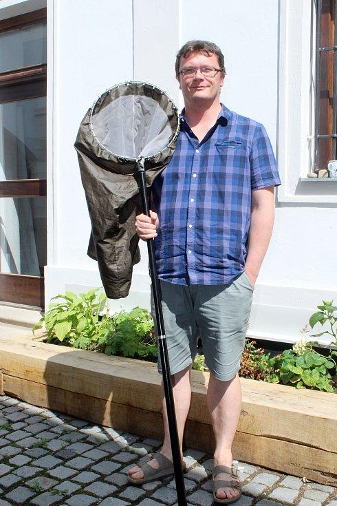 Zoolog Pavel Dedek ze Správy chráněné krajinné oblasti Pálava.
