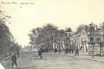SEDMINÁSOBNĚ VĚTŠÍ. Rozhodnutím o spojení ve Velké Brno se před sto lety rozloha města několikrát zvětšila. Jednou z připojených částí bylo i Královo pole (na snímku Ugartova třída).