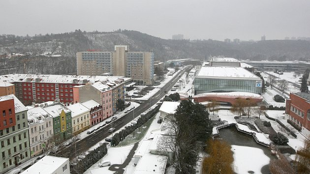 V Brně v úterý napadl první letošní sníh