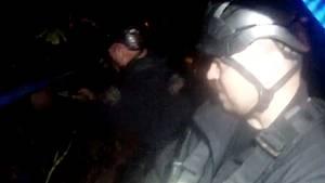 Brněnští strážníci sestrojili kladkostroj, aby vytáhli opilou důchodkyni z řeky.