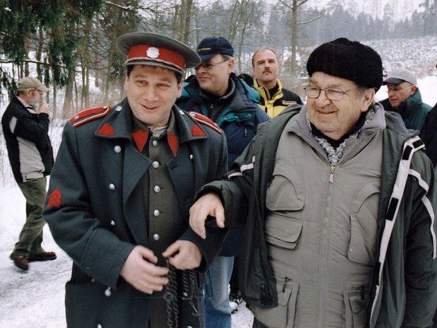 Antonín Moskalyk při natáčení Četnických humoresek pro Českou televizi.