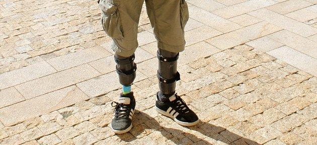 Při nehodě přišel o části obou nohou a na levé ruce mu zůstal jediný prst. Přes svůj handicap zůstal David Průša (na snímku) velkým dobrodruhem a cestovatelem.