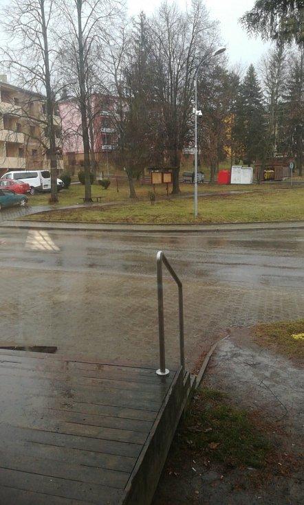 Orkán Sabine - Ve Zbýšově u Brna už prší, mírný vítr.