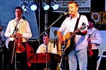 Petr Bende s kapelou zahrají v neděli 2. prosince.