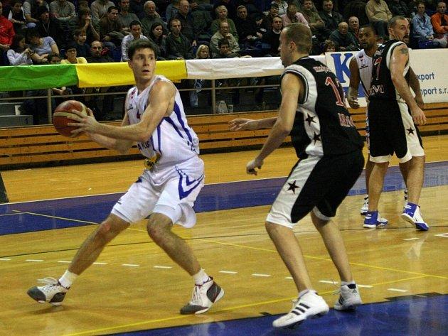 Pivot basketbalového klubu A Plus Brno Petr Benda