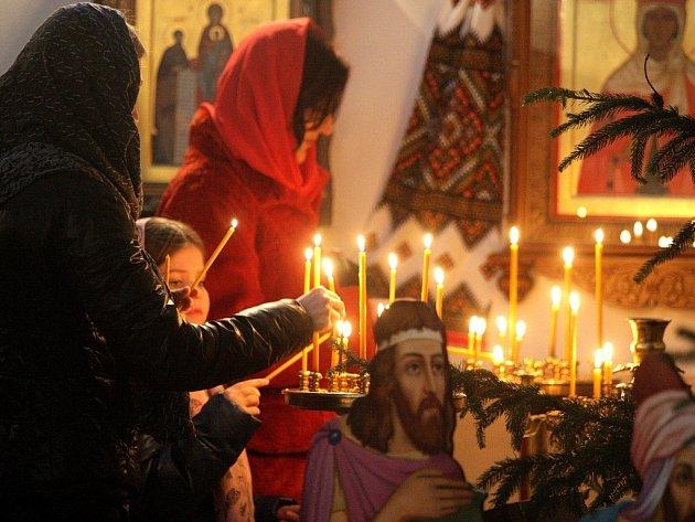 Pravoslavná vánoční bohoslužba v chrámu svatého Václava v Brně.