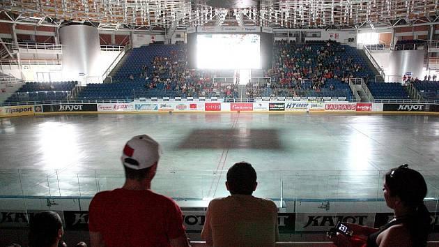 Fanoušci v Brně sledovali semifinálovou porážku českého národního týmu.