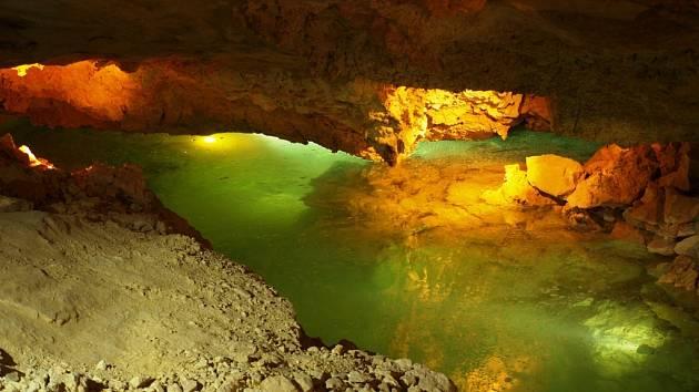Jeskyně Turold u Mikulova - ilustrační foto.