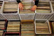 Burza vinylů.